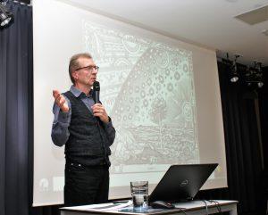 Herr Erich Meyer beim Kepler Vortrag